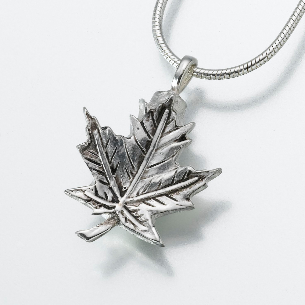 maple montana necklace silversmiths canada oh leaf